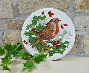 christmas, believetobebeautiful, etsy, etsyvintage, vintageetsy, ceramics, wall art, wall art plaque, christmas robin, christmas decoration, wall art, unique designs, dublin,