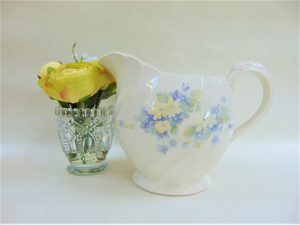 Clarice Cliff, flora, ceramics, designs, wilkinsons,